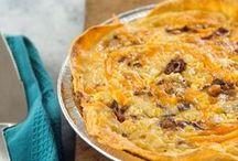 Breakfast - en Casserole / One-dish Breakfast recipes.  Includes Egg Bakes, French Toast Casseroles, Skillet Breakfasts, Quiche, Breakfast Pizza and misc. other hot breakfast treats.