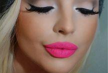 Beauty ♡ / #makeup #beauty #cosmetics #skincare #products #shopping #eyeshadow #eyeliner #blush #rouge #foundation #liquidliner #highlighting #contouring #flawless #lipgloss #lipstick #lipliner #bronzer #shimmer #matte #glitter #bbcream #primer #eyeprimer #urbandecay #chanel #lauramercier #MAC #loreal #lancome #bobbibrown #toofaced #tarte #benefit #katvond #Peterthomasroth #shiseido #glam #gorgeous #nars #smashbox