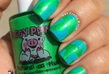 Nail Designs / by Piggy Paint