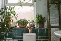 home / bathroom / Interiors and home decor that I love! Chesterfield armchairs, walls covered with picture frames, blue velvet, oriental rugs, odd chairs, wooden floors, patterned wallpapers, old things and everything blue. Eclectic, boho, vintage, Scandinavian and William Morris.