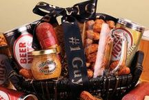 Father's Day Gifts and More / Figi's Gifts in Good Taste has a wide variety of Father's Day gifts for dad. Gift baskets, cheese gifts, meat gifts, nuts and snacks gifts and more! / by Figi's Gifts in Good Taste