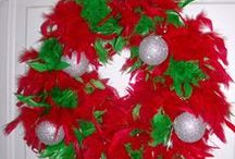 Wreaths - Christmas / Festive #Wreaths for the Christmas Season to hang on your #door