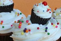 Good Eats - Cupcakes / by Erin Rodriguez