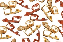 Sandals & Flats / by Isabel Lugo