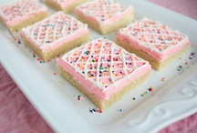 yum - cookies & goodies / by Kiera Chambers