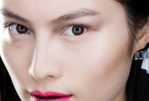 Pop of colour [Makeup] / A few swipes of colour go a long way! / by The Creative