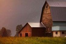 Farmhouse & Country Life