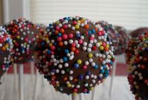 Cake Pops and Truffles / by Donna Stowers