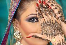 Beautiful Body Henna.. / by Lisa A..