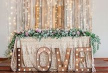 All That Glitters / The very best in glamorous New Year's Eve wedding inspiration