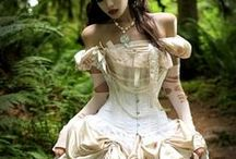 Gothic Wedding Dream - Gothic Wedding Ideas / Discover ideas and solutions for your dream Gothic Wedding by taking a peek at our Gothic Wedding experience.
