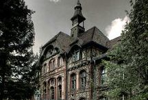 Mansions and Castles / Abandoned mansions and fairy tale castles