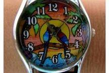 Relógios / Relógios com desenhos da Coleção Leila Cordeiro Arte & Cores