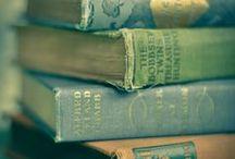 Certified Book Junkie! / Love, love, love to read!