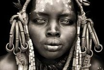 WOMEN / by Oelwein / Les images
