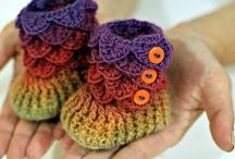 Crochet boots en slippers.