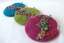 Crochet: little bags.