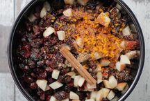 Christmas Food & Entertaining / Great recipes and tips for Christmas food and entertaining during the holiday season.