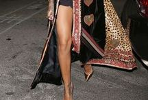 """Fashion: Stunner / The official """"I NEED YOU!"""" screamed and belted out"""