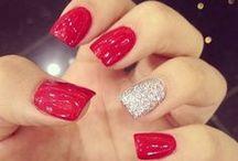 Nails / by Archita Benvie