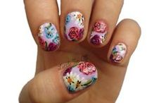 Awesome nails <3