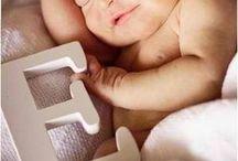 Baby * Meisje Eigenwijsje / Op zoek naar ideeen voor de babykamer, baby kleertjes? Of tips voor leuke uitjes of baby musthaves? Zoek niet verder!