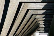 """Arquitectura Luz y Sombra - Light and Shadow Architecture / """"El espacio de un edificio debe poder leerse como una armonía de espacios iluminados. Cada espacio debe ser definido por su estructura y por el carácter de su iluminación natural. Aun un espacio concebido para permanecer a oscuras debe tener la luz suficiente proveniente de alguna misteriosa abertura que nos muestre cuán oscuro es en realidad"""" Louis Kahn."""