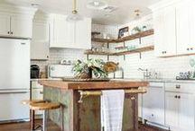 Bright Beautiful Kitchens / kitchen inspiration, white kitchens, home decor, IKEA kitchen, kitchen decor, DIY, interior design, scandinavian, bohemian, modern, eclectic, chic kitchens, classic kitchens, decorate, decorating, kitchen designs