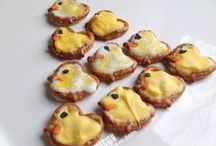 """Aww Cute Food / This board is dedicated to all those cute recipe ideas.  Little critter cakes and holiday themed goodies.  These treats will be sure to make you smile and create an """"aww cute"""" factor at your next holiday celebration."""