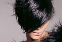 Hair & Nails / by Olivia Oro