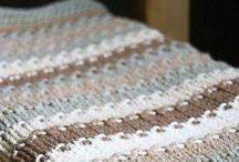 Knitting / by Tammy Gattis