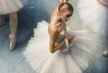 Ballet grace / Poses and inspiration for ballet theme