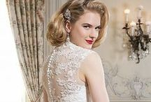 Lace Wedding Gowns / Lace wedding dresses are becoming the most sought after fabrication by new brides. The most important element in lace wedding dresses is a high quality, well-made lace