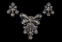 1750-1799 Georgian - Ornaments