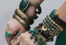 Ideas for Wearing and Styling Jewelry / Ideas for ways to wear your estate, antique and contemporary jewelry, pulled from current fashions as well as historical resources.
