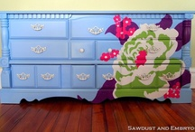 DIY:Furniture Re-dos / by Chelsea Newton
