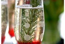 """Berry"" Cocktails & Mocktails / Cocktails & Mocktails that feature berries"