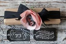 Invite and delight / Pretty invitations and gift wrappings