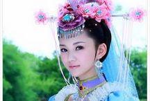 CHINA ROSES ®