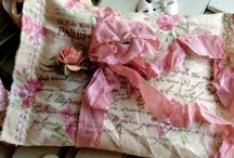 LoVeLy THiNGS / Roses, Linens & Everything Lovely