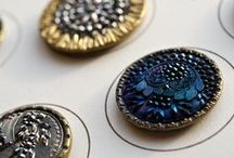 Buttons collect and craft / by Janet Williams