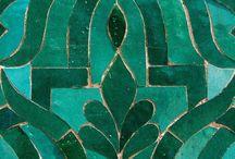 The Jungle Room / Emerald color scheme