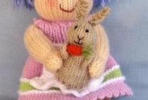 Knitting / Free patterns; fee for patterns. / by Lynne Wolters