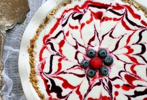 4th of July / Red, White, and Blue Recipes.  Party decorating tips and ideas.