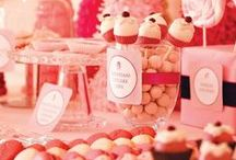 {Pink & Red Shower Ideas} / by Tiffany Norlock Mohazzabi