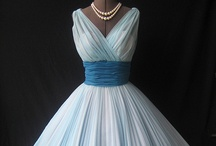 Dresses I want / Dresses and gowns that I lurve! Many of which I could never pull off... but I can dream. ;)