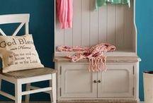 Vintage / Muebles de estilo vintage hechos en maderas de primera calidad con acabado envejecido y poseedores de un encanto único.