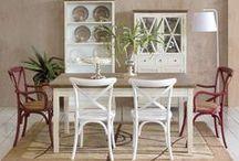 Sillas cruceta / Sillas de estilo vintage con respaldo en cruz que aportarán elegancia y estilo a tu casa.