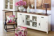 Aparadores / Muebles aparadores de todos los estilos para guardar vajillas, utensilios de menaje u otro tipo de objetos en el salón o la cocina.