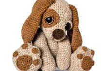 Crochet / by Nikki Haghiri